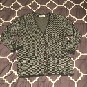 Cathy Daniels Gray and Black Patterned Cardigan